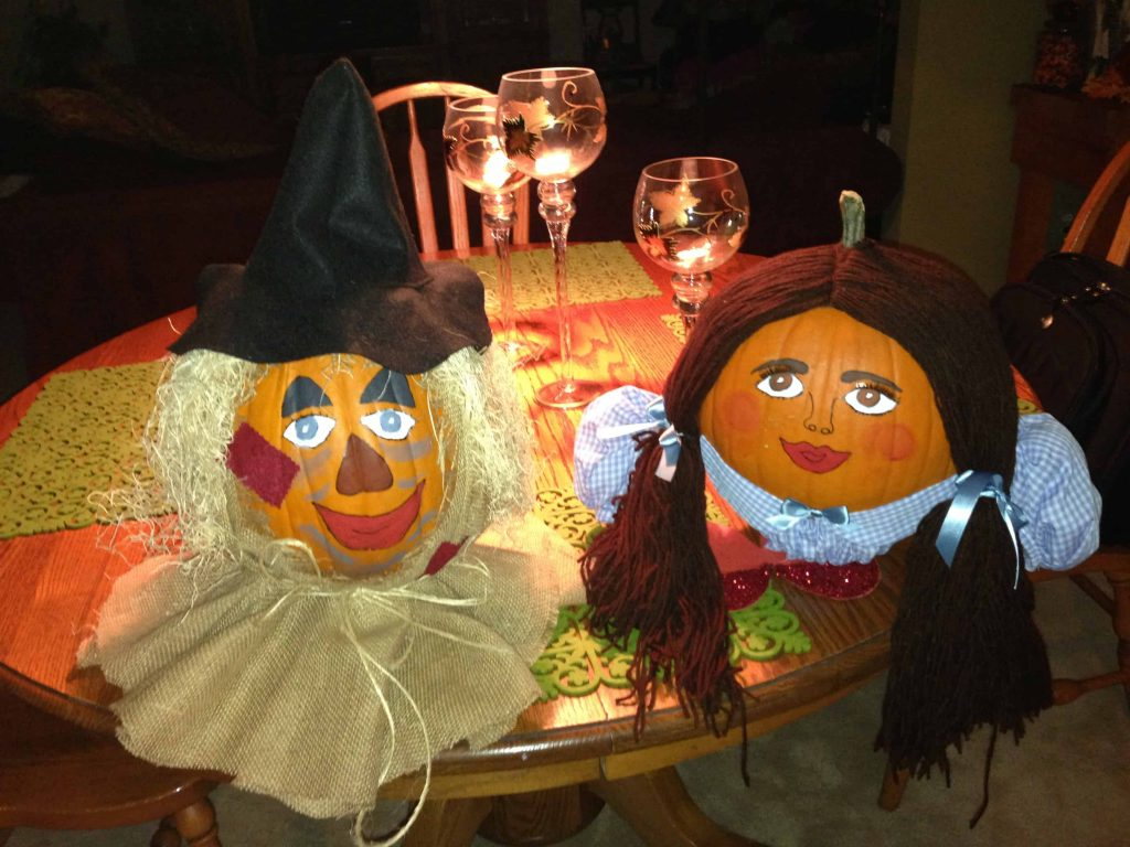 12 Cool DIY Scarecrow Ideas