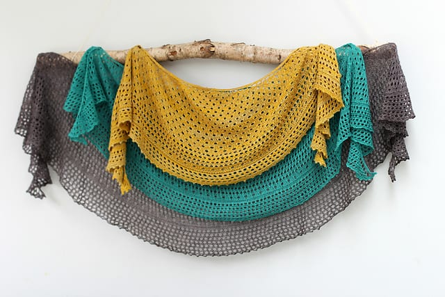 12 Cool Knitted Summer Shawl Patterns