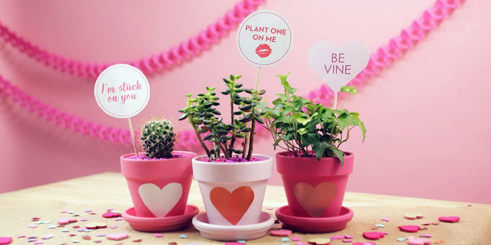 12 Cute Valentine's Day DIY Decors