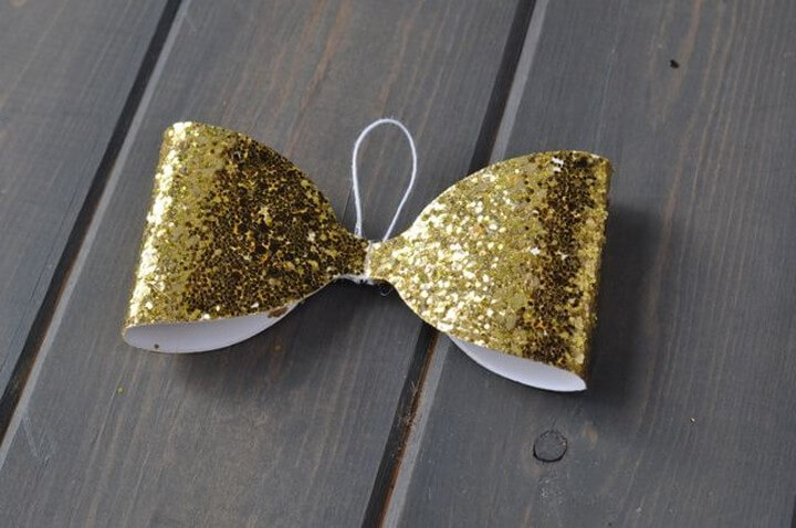 5 Amazing DIY Glitter Bow Projects