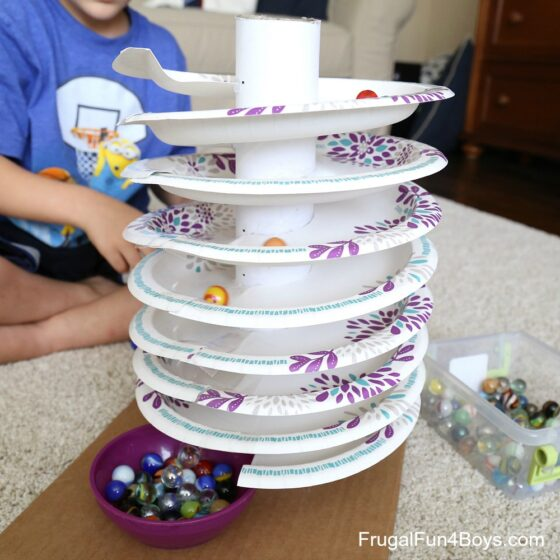 14 Cool DIY Crafts To Keep Your Kids Busy