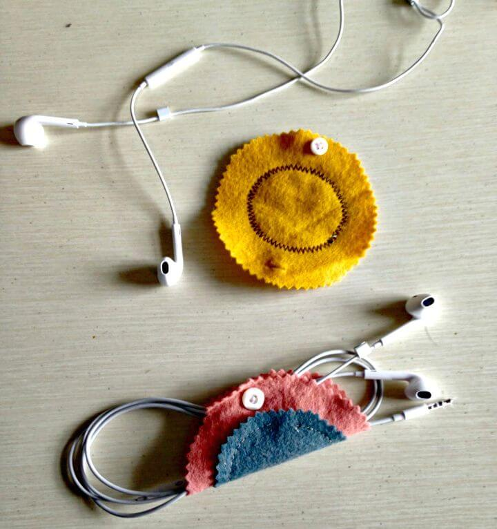 14 Cool DIY Earbud Holder Ideas