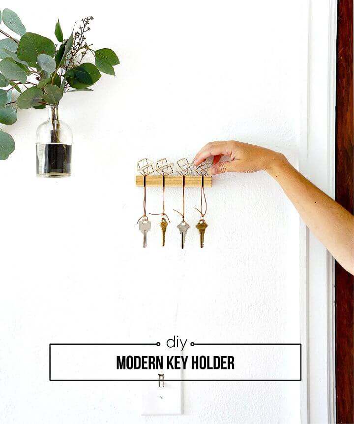 25 Cool DIY Key Holders