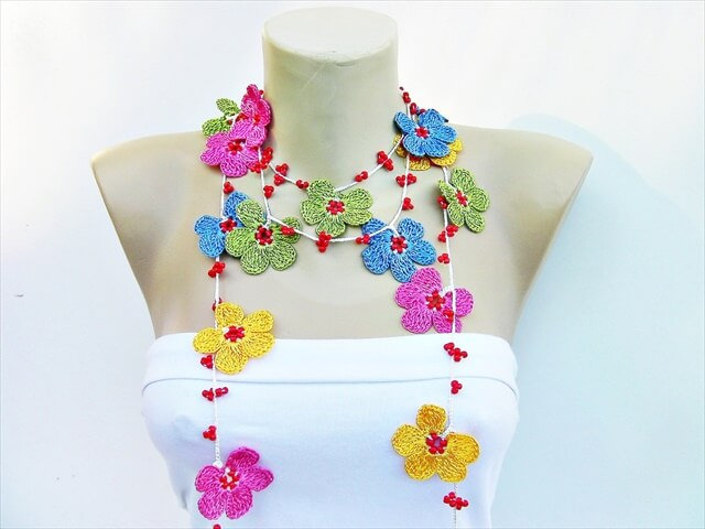 15 Cool Crochet Necklace Ideas