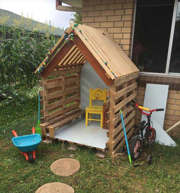 22 Cool Backyard Pallet DIYs for Kids