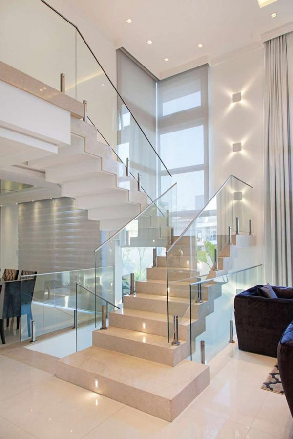 15 Cool Staircase Lighting Ideas
