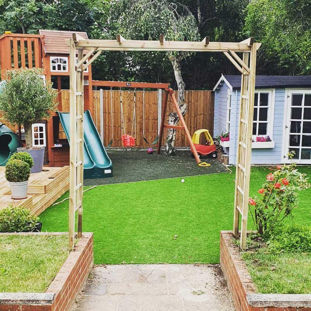 15+ Amazing Garden Trellis Ideas