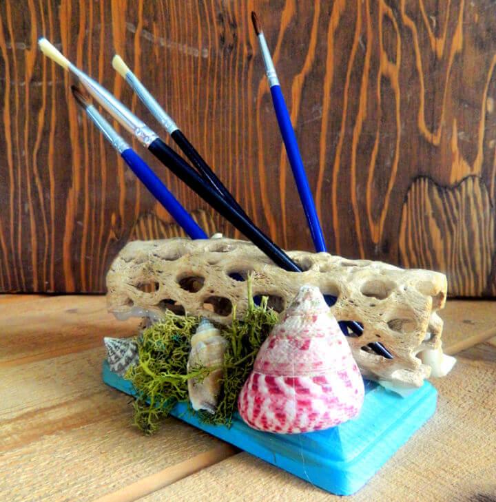 25 Amazing DIY Driftwood Crafts