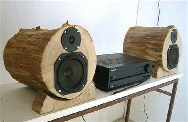 13 Cool DIY Wood Log Projects